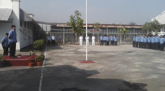 Petugas Lapas Cirebon Laksanakan Upacara Kesadaran Nasional