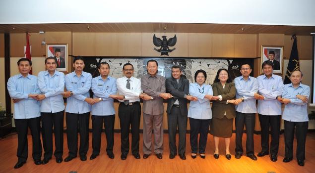 Kemenkumham Gandeng Ombudsman RI dalam Kerja Sama Pengawasan Pelayanan Publik