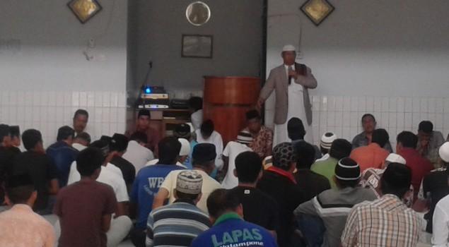 Jumat Ibadah Lapas Watampone Diisi Dengan Siraman Rohani