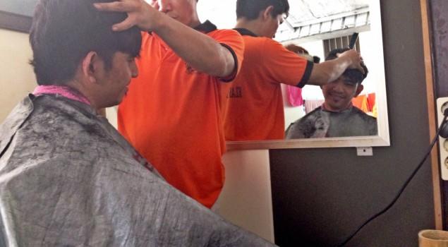 Monti Menjadi Hair Stylis di Rutan Gunung Sindur