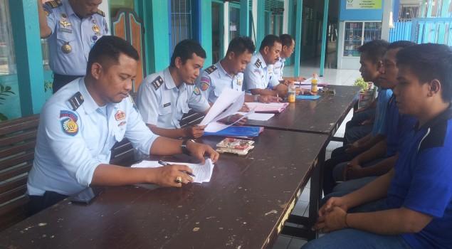 PK Bapas Watampone Kumpulkan Data Napi PB Rutan Soppeng