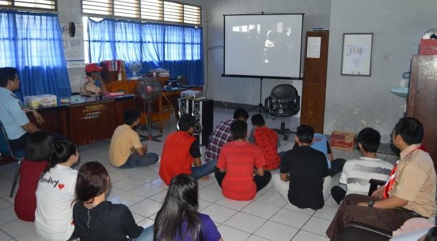 Beri Penyegaran dan Motivasi, Lapas Watampone Ajak WBP Nonton Film Bareng