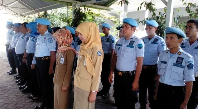 Praktek Kerja Instansi Siswi SMK Di Lapas Narkotika Sungguminasa