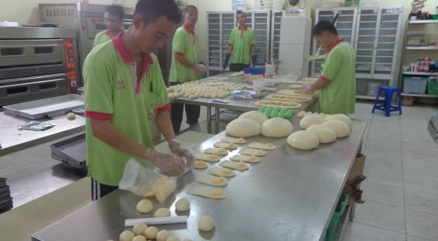 Lapas Khusus Narkotika Cipinang, Produksi 3000 Roti dengan Alat Sewa