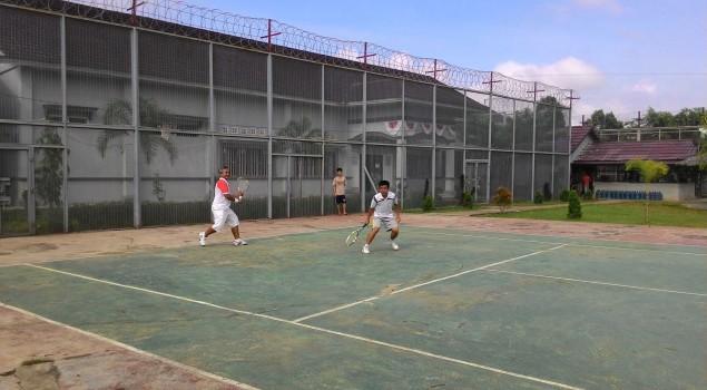 Tenis Persahabatan Eratkan Kerjasama Lapas Muara Enim - PT Bukit Asam