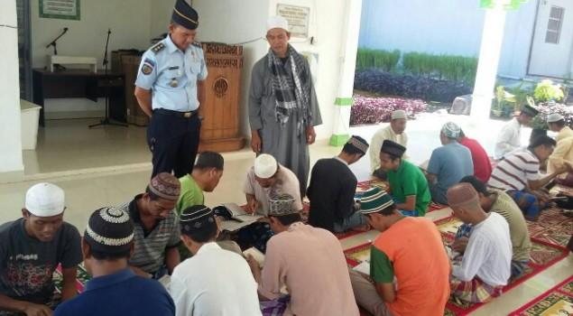 WBP Lapas Banyuasin Perlancar Iqro dan Al-Qurán