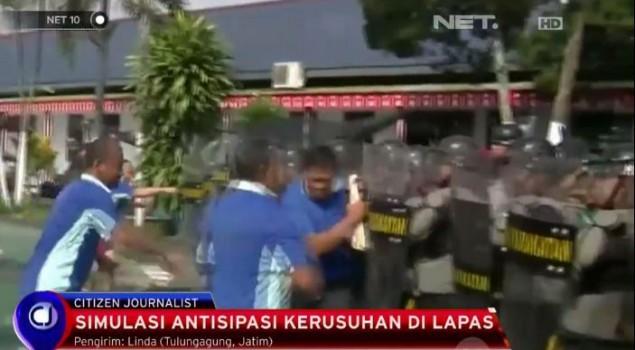 Simulasi Antisipasi Kerusuhan di Lapas Tulungagung
