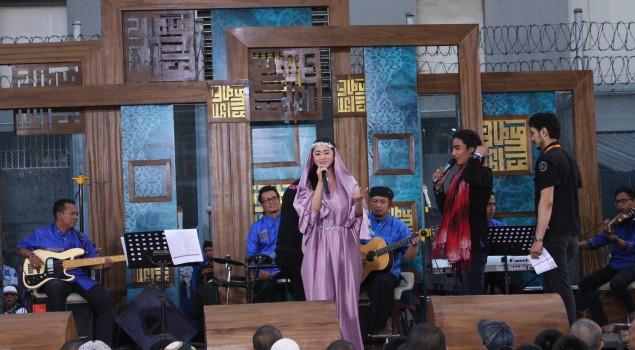 Dewi Persik dan Charly Setia Band Masuk Rumah Tahanan Salemba