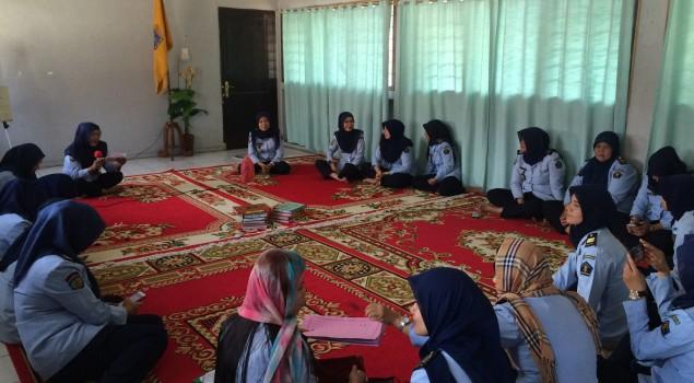 Selama Ramadhan, Apel Lapas Wanita Palembang Diganti Kultum