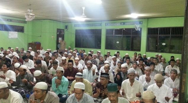 Tarawih Pertama, WBP Penuhi Masjid Lapas Kotabaru