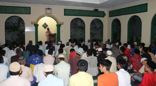 Masjid At Taubah Lapas Sumedang Dipenuhi Jamaah Tarawih