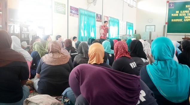 Lapas Wanita Malang Dikunjungi PITI dan Anton Medan
