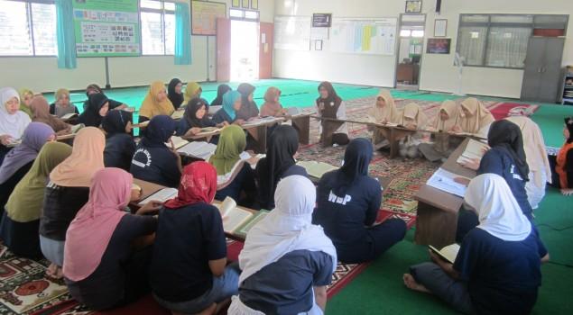 WBP Lapas Malang Tadarus & Khatam Al Quran bersama Siswi SMP Sabilillah