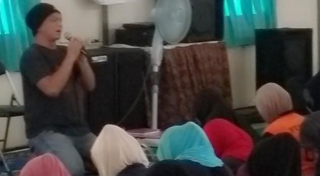 Kunjungi Lapas Wanita Malang, Dik Doank Beri Motivasi Untuk WBP