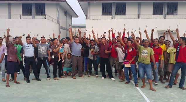 Hikmah Idul Adha, WBP Lapas Bontang Bakar Ribuan Satai