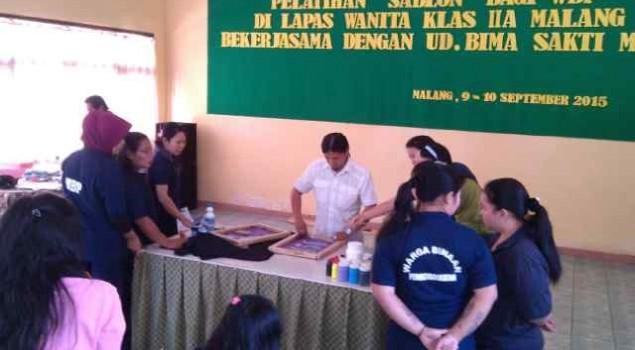 Selama Dua Hari, WBP Lapas Wanita Malang Latihan Menyablon