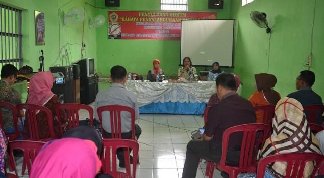 Kerjasama dengan UNPAL, Lapas Wanita Palembang Adakan Penyuluhan Hukum