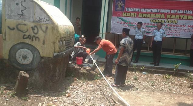 Rutan Pagaralam Beri Bantuan Sumur Bor untuk Masjid Taqwa