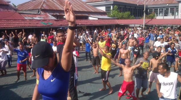 Senam Maumere Ajang Olahraga dan Rekreasi Lapas Narkotika Sungguminasa