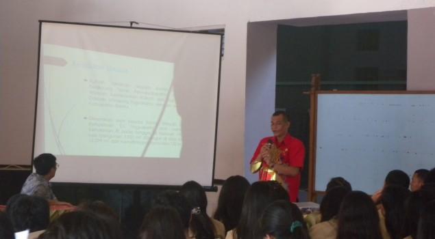 Karutan Bantul Isi Kuliah Umum Mahasiswa Universitas Katolik Parahyangan Bandung