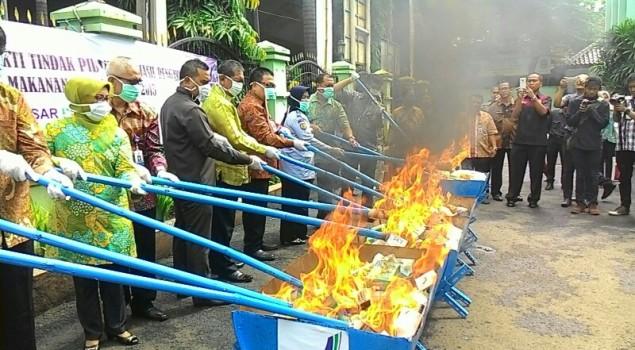 Karupbasan Bandung Hadiri Undangan Pemusnahan Basan