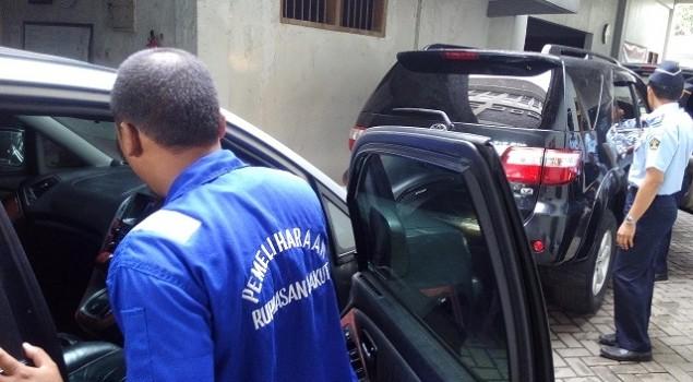 Enam Mobil Titipan KPK Jadi Penghuni Baru Rupbasan Jakut