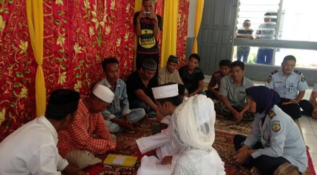 Ada Pernikahan Di Balik Tembok Rutan Rantau