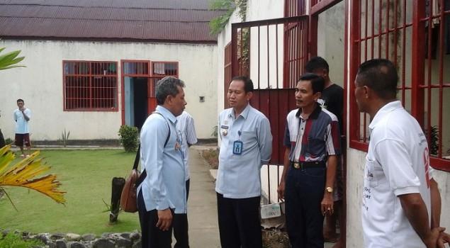 Hari Pertama Bertugas, Kakanwil Maluku Sambangi Lapas Ambon
