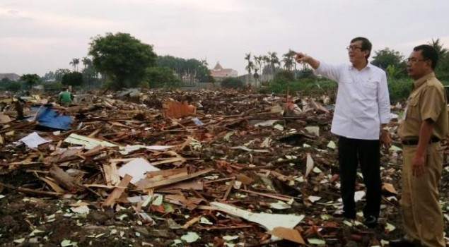 Menteri Yasonna Sambangi Tanah Gusuran di Tangerang