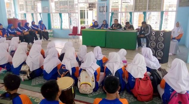 SMP 1 Padang Panjang Ikut Ekskul di Rutan