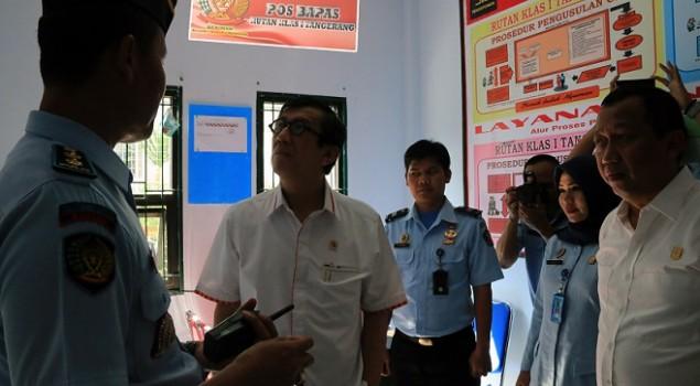 Menkumham Kunjungi Pos Bapas Serang di Rutan Tangerang