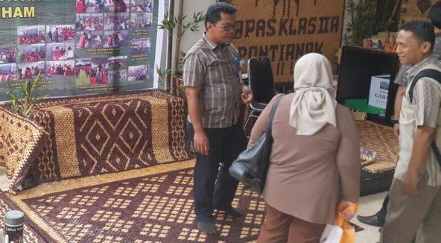 Tikar Kayu Lapas Pontianak Serbu Pasar Malaysia dan Brunei
