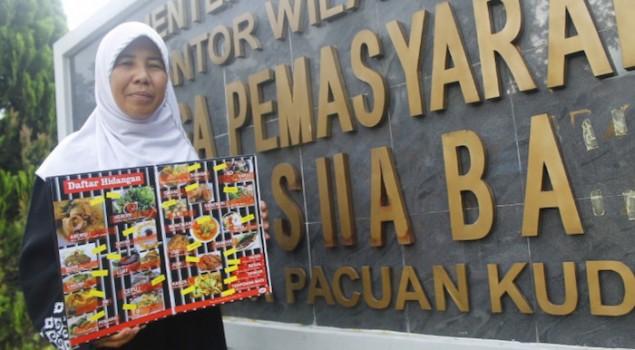 """Kisah Kartini Berjuang Keluar dari Gelimang Narkoba ke Kuliner """"Penjara"""""""