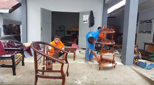 Bimker Rutan Makassar Memproduksi Sofa & Meubel