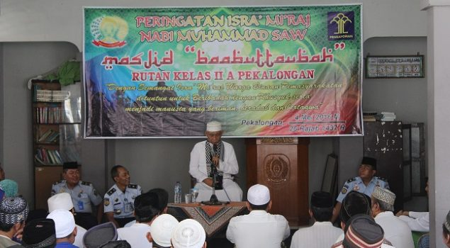 WBP & Petugas Rutan Pekalongan Peringati Isra Mi'raj