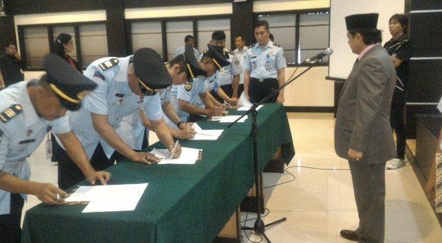 Kakanwil Pimpin Pelantikan dan Serah Terima Jabatan Pejabat Eselon V