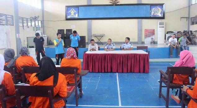 "Mahasiswa STIE Riau ""Kuliah"" di Lapas Pekanbaru"