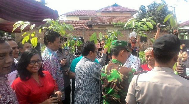 Lapas Sukamiskin Sumbangkan 1.500 Pohon ke Polsek Arcamanik