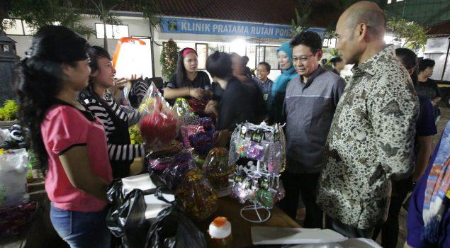 Kerajinan Karya WBP Rutan Pondok Bambu Diborong Ketua Fraksi Partai Nasdem