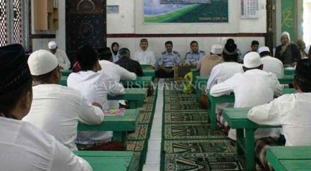 Padat, Kegiatan Ramadan di Lapas Kedungpane