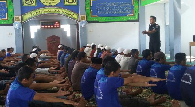 Hipnotis, Metode Pembinaan yang Tak Lumrah dari Lapas Warungkiara