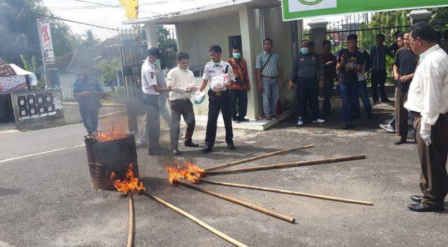 Karutan Baturaja Saksikan Pemusnahan Narkoba & Sajam