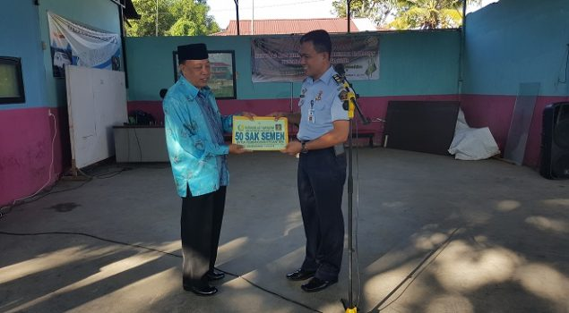 Rutan Makassar Sumbang 50 Sack Semen untuk Panti Asuhan