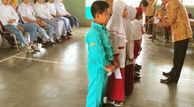 Koperasi Rutan Wonosari Berikan Dana Pendidikan Untuk Siswa Berprestasi
