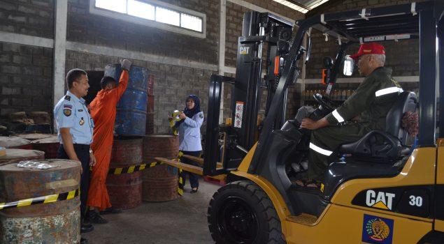 Petugas Rupbasan Bandung Benahi Penyimpanan BBM demi Keamanan