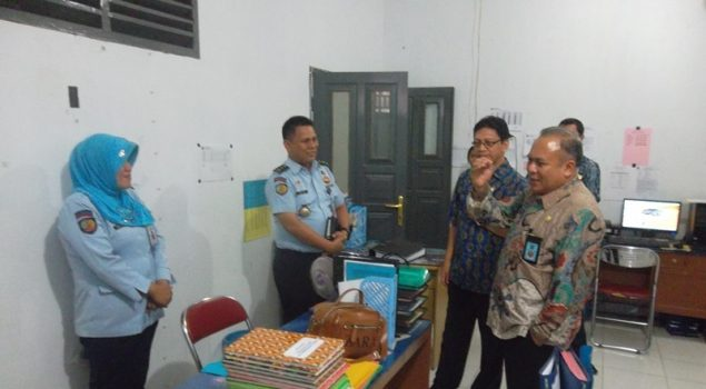 Staf Ahli Menkumham Sambangi Bapas Gorontalo