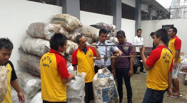 Bank Sampah Rutan Depok, Manfaatkan Nilai Ekonomis Sampah