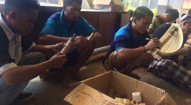 Lapas Kupang Pasarkan Sasando Rote Buatan Warga Binaan Pemasyarakatan