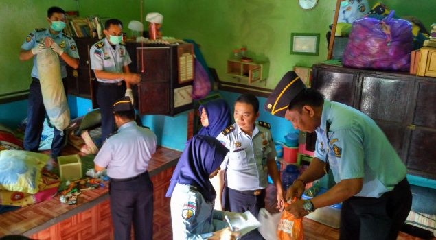 Razia Petugas Lapas Narkotika Sungguminasa Sita Barang-Barang Terlarang