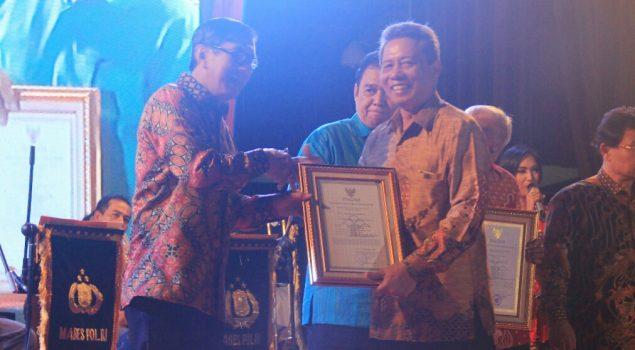Eks Kadiv PAS Maluku Terima Penghargaan dari Menkumham